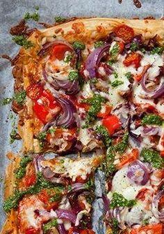 FILO PASTRY PIZZA with TOMATO, RED ONION & PESTO [eattravellive] [filo, fillo, phyllo, yufka, gollash, pete, jufka, kori za banitsa]