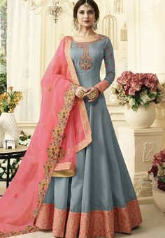 Bollywood diva jennifer winget grey designer anarkali suit online which is crafted from silk fabric with exclusive resham, embroidery and zari work. This stunning designer anarkali suit comes with santoon inner and santoon bottom. Silk Anarkali Suits, Anarkali Dress, Long Anarkali, Banarasi Suit, Floor Length Anarkali, Floor Length Dresses, Salwar Suits, Stylish Dress Designs, Stylish Dresses