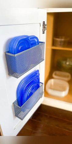 Kitchen Organization Pantry, Diy Kitchen Storage, Home Organization Hacks, Storage Hacks, Diy Storage, Dollar Tree Organization, Container Organization, Creative Storage, Storage Solutions