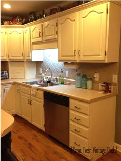 How to Paint Your Cabinets Using Annie Sloan THE REVEAL Refurbished Kitchen Cabinets, Chalk Paint Kitchen Cabinets, Kitchen Cabinets For Sale, Kitchen Cabinet Design, Kitchen Redo, Painting Cabinets, Kitchen Furniture, Refinished Furniture, Paint Furniture