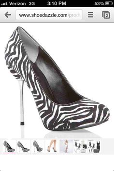 That zebra is kinda of sexy