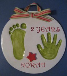 Ceramic Handprints of Infants and Children - Cutie Pies Clay Print Keepsakes - Kinder Ideen Christmas Crafts For Kids, Christmas Activities, Baby Crafts, Christmas Baby, Homemade Christmas, Toddler Crafts, Diy Christmas Gifts, Christmas Projects, Holiday Crafts