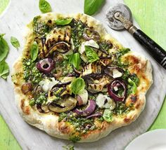 Pesto pizza with aubergine & goat's cheese