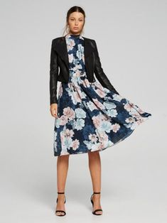 Searching for the perfect jacket to complete your outfit? Shop the latest trenches, coats, blazers and leather jackets online now at Portmans. Belts For Women, Jackets For Women, Clothes For Women, Fit Flare Dress, Fit And Flare, Lovely Dresses, Dresses For Work, Leather Jackets Online, Cropped Leather Jacket