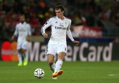 Gareth Bale of Real Madrid controls the ball during the UEFA Super Cup match between Real Madrid and Sevilla at Cardiff City Stadium on August 12, 2014 Cardiff, Wales. Ronaldo - David Moyes - Crunchsports.com