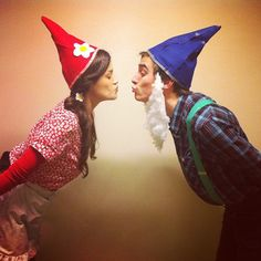 100 Best Couples Costumes & Matching Costumes For Halloween 2018 – Daily Fashion Halloween 2018, Gnome Costume, Easy Couple Halloween Costumes, Funny Couple Costumes, Family Costumes, Halloween Ideas, Halloween Tricks, Halloween Couples, Halloween Stuff
