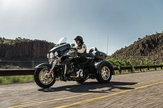 Comfort, performance and confidence. This three-wheeler has all three. | 2016 Harley-Davidson Tri Glide Ultra