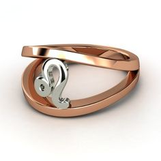 14K Rose Gold Ring - lay_down
