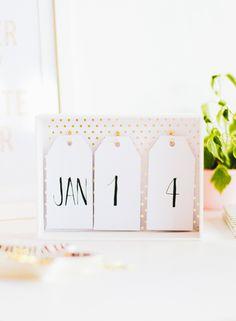 DIY: Calendário de mesa branco e dourado | O Mundo de Jess