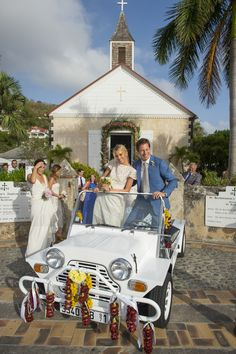 Mollie Ruprecht married Alex Acquavella during an incredible three day event on St. Barth's. ©Joshua Bright and Ali Smith Alice-in-Weddingland.com