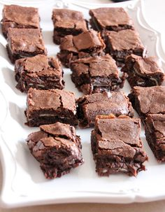 These Andes Mint Brownies consist of a chewy brownie layer, an Andes mint in every bite, and another top brownie layer. Mint Desserts, Easy Desserts, Delicious Desserts, Dessert Recipes, Yummy Food, Mint Recipes, Simply Recipes, Sweet Recipes, Simply Food