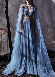 It All Comes Crashing Down One Big Beautiful Sound — evermore-fashion: Hassidriss 'Oblivion' Spring 2020 Haute Couture Collection Pretty Outfits, Pretty Dresses, Elegant Dresses, Ball Dresses, Ball Gowns, Blue Evening Dresses, Evening Gowns, Kleidung Design, Fantasy Gowns