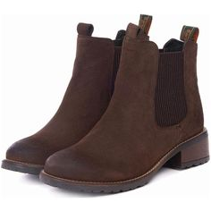 Women's Barbour Latimer Chelsea Boots - Brown Waxy (535 PEN) ❤ liked on Polyvore featuring shoes, boots, brown chelsea boots, barbour, beatle boots, brown boots and quilted boots