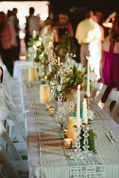 Southern meets Scottish | domestic-construction.com vintage table decor. wedding styling. Photography by Ben and Colleen