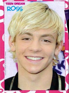 Ross Lynch - Austin Moon He is so cute Riker Lynch, Ross Lynch, Austin Moon, Disney Channel Shows, Pin Up Posters, Amazing Songs, Laura Marano, Austin And Ally, Liam Hemsworth