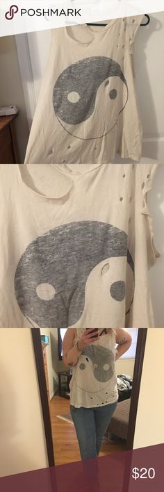 Urban Outfitters distressed ying yang tee Size Large, super soft/ stretchy material, comes from smoke-free home Urban Outfitters Tops Muscle Tees