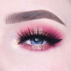 100 Days of Makeup - Day Soft romantic Valentine& Day eyelook using my new Rose Gold Eyeshadow Palette! Makeup Eye Looks, Eye Makeup Art, Colorful Eye Makeup, Gold Makeup, Makeup For Brown Eyes, Cute Makeup, Skin Makeup, Makeup Inspo, Eyeshadow Makeup
