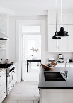 The pretty home of Maude Arsenault from The Print Atelier - NordicDesign