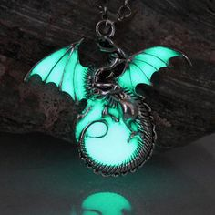 Punk Luminous Dragon Pendants & Necklaces GLOW in the DARK dragon amulet Sweater Chain