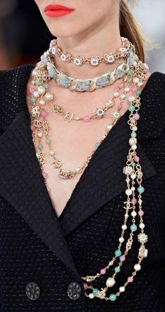 Chanel Cruise 2015-16 in Seoul #ChanelCruiseSeoul Visit espritdegabrielle.com   L'héritage de Coco Chanel #espritdegabrielle