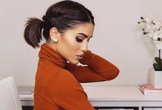 Easy #ShortHair Updo! ▶️New Tutorial on my English Channel! Come check it out!!! www.youtube.com/makeupbycamila2 (and there is also a #giveaway going on) ---------- Tem vídeo novo no Blog, com tutorial de penteando super fácil e lindo para cabelo curto! Vem ver!!!  www.camilacoelho.com