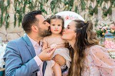 Παραμυθένια κοριτσίστικη βάπτιση με θέμα floral blossom - EverAfter Fairy Tales, Girly, Couple Photos, Couples, Floral, Fotografia, Women's, Couple Shots, Girly Girl
