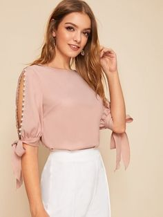 Online Shop SHEIN Solid Pearls Beading Side Knot Cuff Elegant Blouse Women Tops 2019 Autumn Half Sleeve Basic Blouses For Young Ladies Half Sleeves, Types Of Sleeves, Satin Bluse, Spring Tops, Spring Summer, Fashion Week, Moda Fashion, Fashion Tips, Sleeve Styles