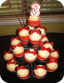 Cupcake stand topper