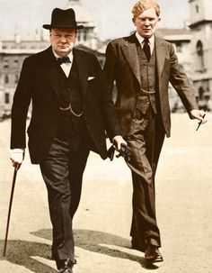 Winston Churchill and Brendan Bracken his parlimentary private secretary. Winston Churchill, Uk History, British History, Mafia Gangster, Historical Quotes, Great Leaders, Ancient Rome, Soviet Union, Wwii
