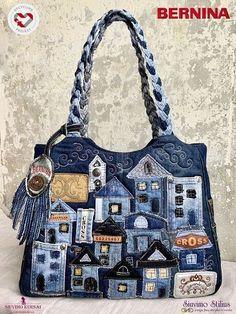 Patchwork Bags, Quilted Bag, Denim Patchwork, Denim Handbags, Diy Bags Purses, Denim Crafts, Recycle Jeans, Recycled Denim, Denim Bag