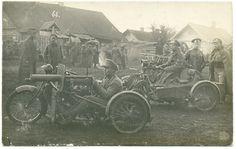 Guerre 14-18 : 39ème R.I.T. Russe et leurs motos équipées de mitrailleuses.