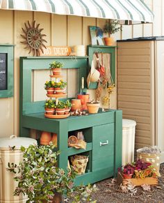 25 Cool DIY Garden Potting Table Ideas....love the little table display