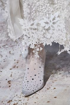 Givenchy Spring 2020 Couture Fashion Show - Vogue Haute Couture Paris, Spring Couture, Couture Week, Couture Fashion, Fashion Art, Fashion Show, Paris Fashion, Givenchy, Vogue Paris