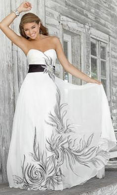 White Strapless Long/Floor-length Chiffon Graduation Prom Dress PD311C