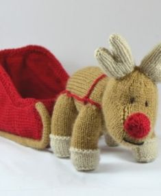 reindeer toy  knitting pattern