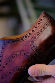 We take care of every detail. Each Patina of Dandy Shoe Care is an absolute Masterpiece.