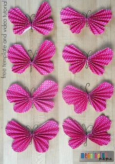 Butterflies are some of the most beautiful creatures in the great outdoors, but they can be hard to catch! Put away your net and try making these Easy Peasy Paper Butterflies. These sweet butterfly art projects are even easier than they look! Animal Crafts For Kids, Crafts For Kids To Make, Easy Crafts, Diy And Crafts, Arts And Crafts, Kids Crafts, Butterfly Party, Butterfly Birthday, Butterfly Crafts