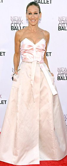 Sarah Jessica Parker played host to the Sept. 19 gala in a pale pink ensemble by Prabal Gurung and Olivier Theyskens.