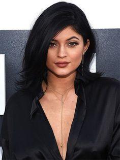 Celebrity Hairstyles: Kylie Jenner Hair: Every Colour And Chop Shes Ever Had Celebrity Hairstyles, Cool Hairstyles, Kylie Jenner Short Hair, Hair Evolution, Hair Care Tips, Great Hair, Mi Long, Hair Trends, New Hair