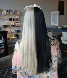 WEBSTA Hana Chae ⚫⚪Soooo in love with all this silver hair!⚪⚫ WEBSTA Hana Chae ⚫⚪Soooo in love with all this silver hair! Half Dyed Hair, Half And Half Hair, Split Dyed Hair, Dye My Hair, Curled Hairstyles, Cool Hairstyles, Silver Grey Hair, White Hair, Aesthetic Hair