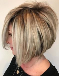 Trendy Blonde Bob Haircut Textures