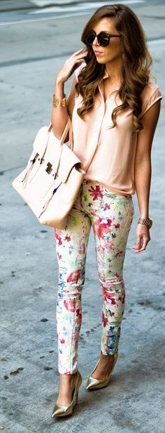 Floral pants with pastel color blouse and bag.   Office Style