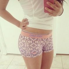 Love these Nike Pros! Cute Athletic Outfits, Cute Gym Outfits, Sporty Outfits, Athletic Wear, Simple Outfits, Nike Pro Spandex, Nike Pro Shorts, Spandex Shorts, Workout Attire