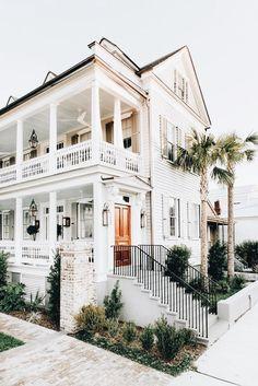 Dream Beach Houses, Luxury Homes Dream Houses, Dream Homes, Dream House Exterior, Dream House Plans, Beach House Exteriors, Cute House, Dream Home Design, House Goals