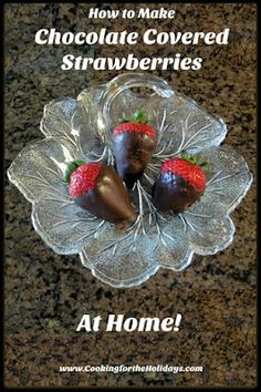 Chocolate Covered Strawberries are an expensive delicacy unless you make them yourself. Directions for how to make your own Chocolate Covered Strawberries Coconut Hot Chocolate, Chocolate Strawberries, Chocolate Covered Strawberries, Vegetarian Chocolate, Chocolate Recipes, Make Your Own Chocolate, Blackberry Syrup, Italian Hot, Clean Eating Snacks