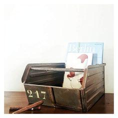 Cassetta Industriale in ferro, bellissima patina naturale / Anni 50 / Cassette | Old Metallic Industrial Chest, 1950s, Italy