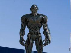 Marvel Concept Art, Robot Concept Art, Armor Concept, Star Wars Poster, Star Wars Art, Star Trek, Arte Do Hulk, Futuristic Robot, Iron Man Art