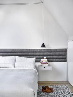 https://homeworlddesign.com/wp-content/uploads/2018/02/Downtown-Abbey-Duplex-Apartment-5.jpg