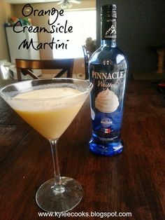 When I was pregnant with my first son, I was addicted to orange creme slushies from Sonic. I would crave them like crazy, and when I got one, I was in total heaven.This drink was not and IS not app… (orange liquor drinks) Whipped Vodka Drinks, Whipped Cream Vodka, Vodka Martini, Martinis, Cocktail Martini, Martini Bar, Liquor Drinks, Fun Drinks, Yummy Drinks