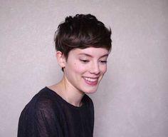 Kurze Haarschnitte französische Art